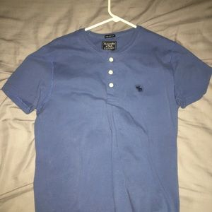 Abercrombie and Fitch men's Henley T shirt
